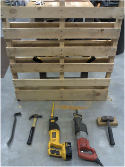 Tools for dismantling pallets.